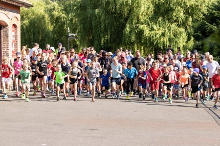 wardown-junior-parkrun_28265063197_Junior Parkrun - Wardown event one - 01-07-2018 - 0177